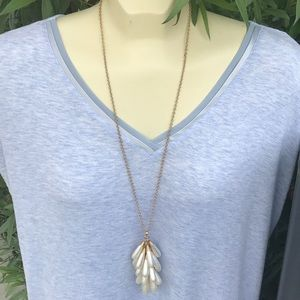 NWT Chantilly long necklace
